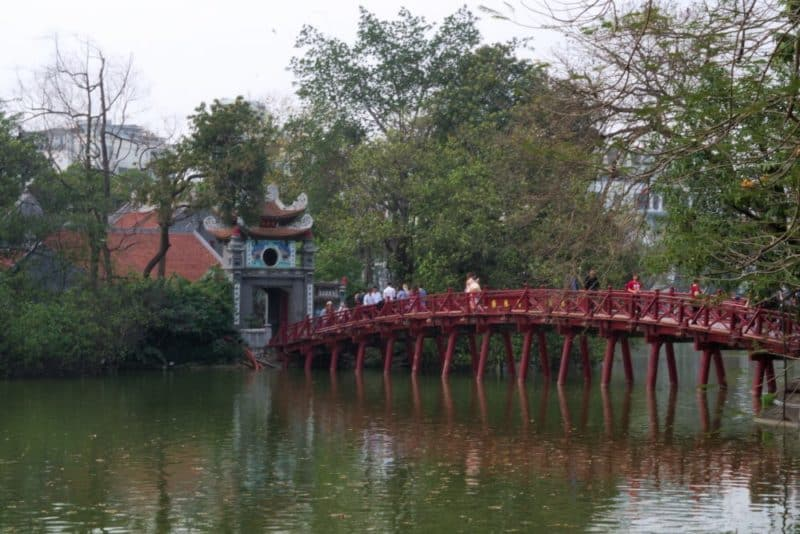 A wooden bridge to Ly Thai To Temple
