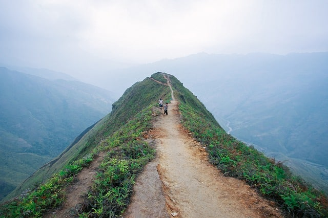 Dragon Back Ridge, Ta Xua Vietnam motorbike tour