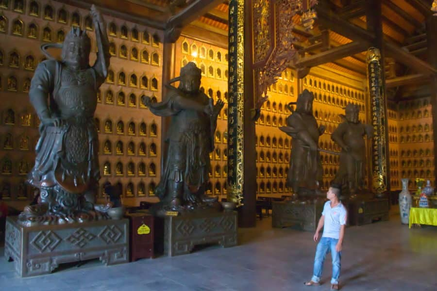 Bronze statues at Buddha Dharma Lord Temple, Bai Dinh